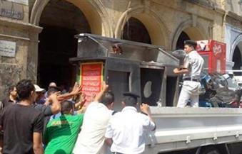 رئيس حى الموسكى يقود حملة لرفع الإشغالات من ميدان العتبة