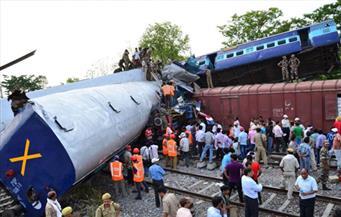 تبادل الاتهامات حول حادث قطار تسبب بمقتل 59 شخصا في الهند