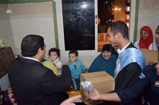 اتحاد طلاب تربية رياضية يقدم 60 كرتونة مواد غذائية للمرضى بالمستشفى الجامعي بسوهاج
