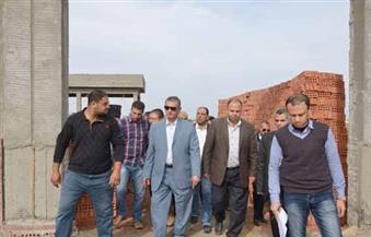 بالصور.. محافظ كفرالشيخ يؤكد إلغاء القيود على ارتفاعات المباني بالمناطق الصناعية حتي 21 مترًا