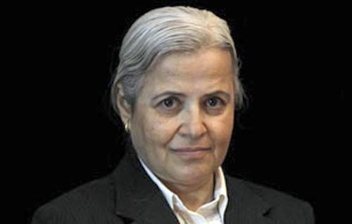 منى مينا: تفرغ الأطباء مقابل أجر عادل أحد أعمدة إصلاح النظام الصحي -