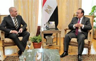 """القاضي يبحث مع شركة """"توتوم"""" العالمية فرص الاستثمار في قطاع الاتصالات وتكنولوجيا المعلومات في مصر"""