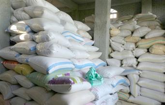 """""""التموين"""": ضبط 265 ألف طن أرز شعير بمخازن استعدادا لبيعها بالسوق السوداء"""