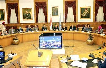 """بالصور.. ننشر تفاصيل اجتماع محافظ القاهرة بشأن نقل سوق """"التونسي"""" بحي الخليفة"""