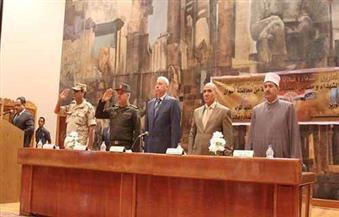 بالصور.. تكريم أسر شهداء الشرطة والجيش بأسوان