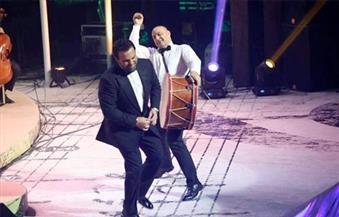 رقص الدبكة وتغنى بالمواويل..هكذا كانت ليلة العمر لـ عاصي الحلاني في حفله بالأوبرا