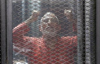 """تأجيل محاكمة بديع و738 متهما بـ""""فض اعتصام رابعة"""""""