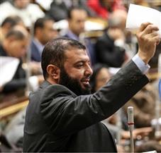 رئيس برلمانية النور يطالب الحكومة بخطة لحماية محدودي الدخل من القرارات الاقتصادية الأخيرة