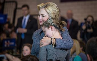 محلل يتمسك بالأمل: هيلاري كلينتون لديها فرصة للفوز إذا حصدت ولايات ميشيجين وويسكونسن ونيوهامبشاير