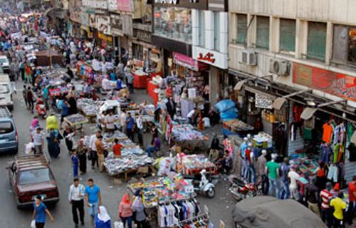 بعيدًا عن سلبيات الأفكار التقليدية.. القاهرة تنشئ  سوق مصر .. والباعة: تودع  الباكيات  وبُعد المكان -