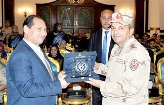 بالصور.. رئيس جامعة بورسعيد يزور الكلية الحربية