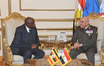 الفريق أول صدقي صبحي يلتقي وزير الدولة لشئون المحاربين القدامي الأوغندي