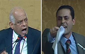 """عبدالعال يطرد طنطاوي بعد مشادة حول قانون نقابة الإعلاميين.. والنائب يرفض و""""النواب"""" يحيله لـ""""القيم"""""""