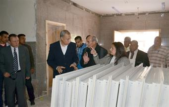 """بالصور.. """"الهجان"""" يتفقد المقر الجديد لمجلس مدينة قنا ومصنع الوجبة المدرسية"""