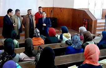 بالصور: رئيس جامعة بورسعيد يتفقد استعدادات معهد الحاسب الآلى لامتحانات الفصل الدراسى الأول