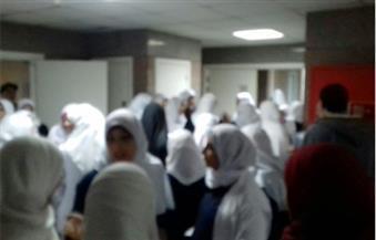 ممرضات مستشفى طنطا التعليمى يضربن عن العمل احتجاجًا على عدم صرف الحافز