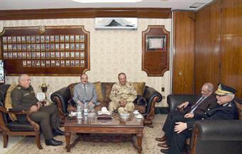 بالصور.. محافظ الإسكندرية يقدم التهنئة لقائد المنطقة الشمالية العسكرية الجديد