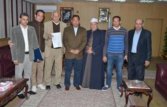 """بالصور.. محافظ الغربية يستقبل شقيق متبرع بإقامة وحدة غسيل كلوي في """"سملا"""" بقطور"""