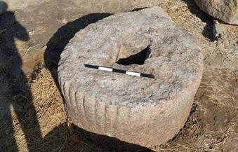 """كانت تستخدم من قبل البائعين بأحد الأسواق.. الآثار: نقل قطعة """"الغربية"""" لمعبد """"بهبيت"""" الحجارة"""