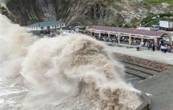 """الإعصار """"نيسات"""" يتسبب في فيضانات ويصيب العشرات بتايوان"""
