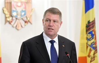 """الرئيس الروماني يصف موافقة الحكومة نقل السفارة للقدس بـ""""الخطأ الجسيم"""" ويطالب باستقالة رئيسة الوزراء"""