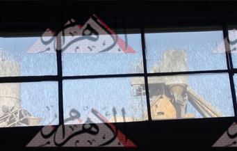 """بالفيديو.. """"خلاطة الأسمنت"""" تهدد المصانع الكيماوية بالإغلاق بالقاهرة الجديدة.. وتقضي على حلم """"الألف مصنع"""""""