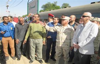 رئيس الهيئة الهندسية للقوات المسلحة يشرح خطة تطوير محطة سكك حديد أسوان