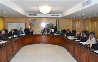 محافظ الفيوم يترأس اجتماع اللجنة العليا لتبرعات جامعة الفيوم
