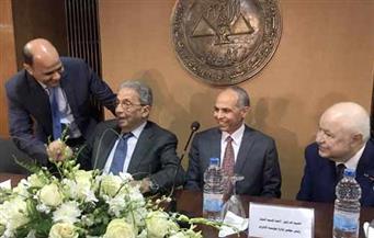 """بالصور.. """"الأهرام"""" تطلق كتاب """"الصعود إلى القمة"""" بحضور موسى والفقي.. و""""أبو غزالة"""": مصر خيرها على العرب"""