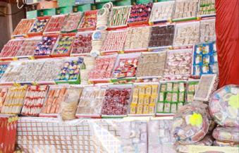 في قنا بلد صناعة السكر.. الأهالي يبتعدون عن شراء حلوى المولد لارتفاع أسعارها