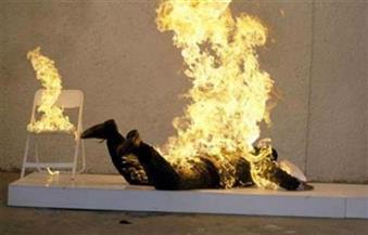 خلافات أسرية تدفع عاملا للانتحار وإشعال النيران في نفسه بالبساتين