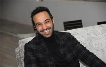 """أحمد فهمي يجيب عن الأسئلة الصعبة في حوار ما بعد الانفصال عن """"شيكو وهشام"""""""