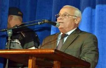 محافظ بورسعيد يشيد بالقوافل التعليمية