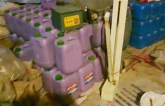 مصادرة 90 كرتونة منظفات غير صالحة للاستخدام داخل مصنع بطنطا