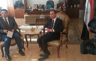 بالصور.. التليفزيون السعودى يُسجل لقاءً مع عصام الأمير