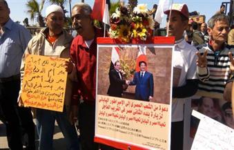 """بالصور.. متظاهرو القائد إبراهيم بالإسكندرية يُنددون بحادث """"البطرسية"""""""
