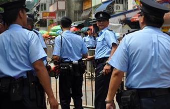 شرطة هونج كونج تعتقل 9 أشخاص بسبب مساعدة متظاهرين فارين