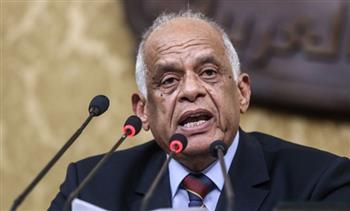 أحمـد البري يكتب: حلقة الوصل بين مطالب الجماهير والحكومة