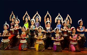 على الرغم من جائحة كورونا.. عشرات الآلاف من الهنود يشاركون في مهرجان كومبه