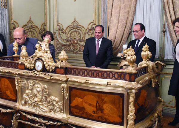 بالصور.. الرئيسان السيسي وأولاند يشهدان حفلاً فنيًا بقصر عابدين 2016-635966197849277558-927