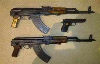 ضبط بندقية وفرد و20 طلقة نارية مع شخصين بواحة الخارجة