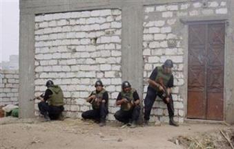 قوات إنفاذ القانون: القبض على 12 تكفيريًا والتحفظ على 7 سيارات دفع رباعى بوسط سيناء