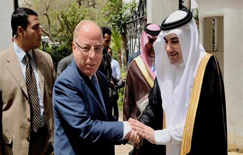 7bbf09eef المشاهير | بالصور.. وزير الثقافة خلال لقائه نظيره السعودي: لدينا ...