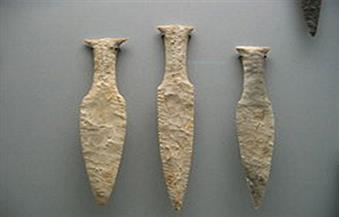باحثون يعثرون على أدوات حجرية عمرها 8000 عام بسلطنة عمان واليمن