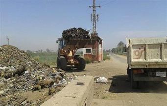 رفع 780 طن مخلفات وإزالة 52 حالة تعدٍ على الأراضي الزراعية بمركز الفتح بأسيوط