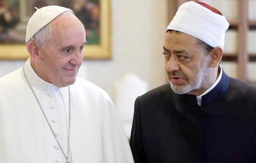 الإمارات تصدر طابعا بريديا تذكاريا يحمل صورة الإمام الأكبر وبابا الفاتيكان -