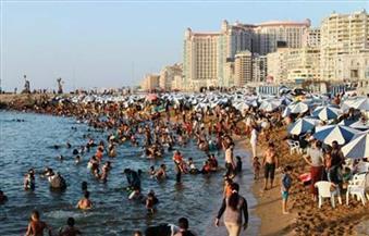 """رغم الموجة الحارة.. الركود يضرب القطاع السياحي بالإسكندرية.. و""""السياحة والمصايف"""": نسبة الإشغال 70%"""