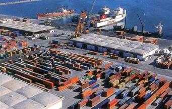 ميناء الإسكندرية يستقبل 142 ألف طن من السلع الإستراتيجية خلال 24 ساعة