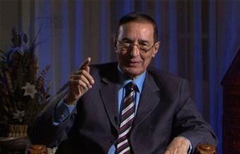 الكنيسى لأحد المتحدثين فى مؤتمر بالمغرب: يجب أن تخجل عندما يكون مصدرك قناة الجزيرة