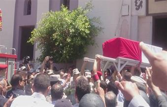 """بالصور.. الآلاف من أهالي قرية """"سندسيس"""" بالمحلة يشيعون جثمان ابنها عريف الشرطة شهيد الإرهاب فى سيناء"""